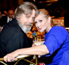 Mark-Hamill-and-Carrie-Fisher-kiss