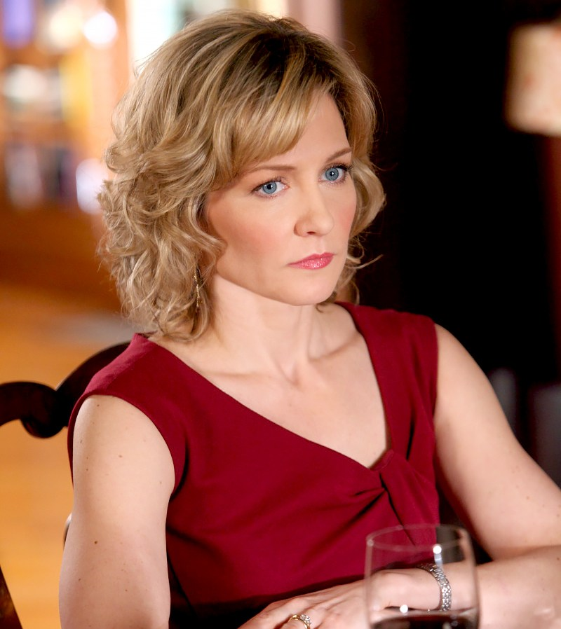amy carlson leaving blue bloods