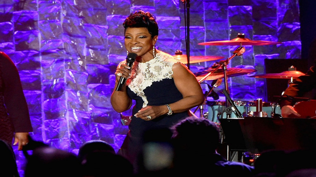 Gladys Knight Reveals She Suffered From Breast Cancer