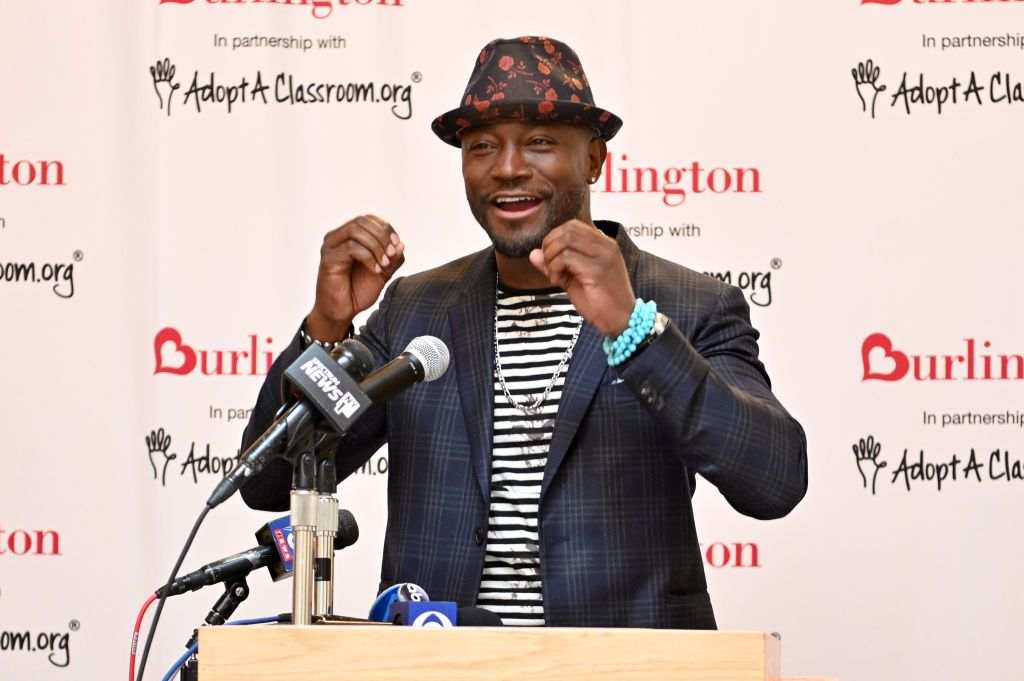 Taye Diggs Helps 2019 Annual AdoptAClassroom.org Donation Drive