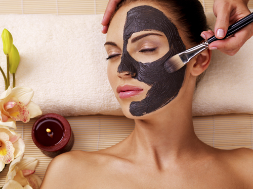 Would You Try Magnetic Face Masks To Get Beautiful Skin?