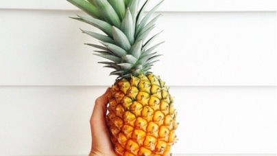 5 Reasons To Add Pineapple To Your Diet Now