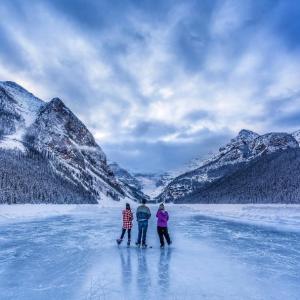 Explore Majestic Lake Louise This Season