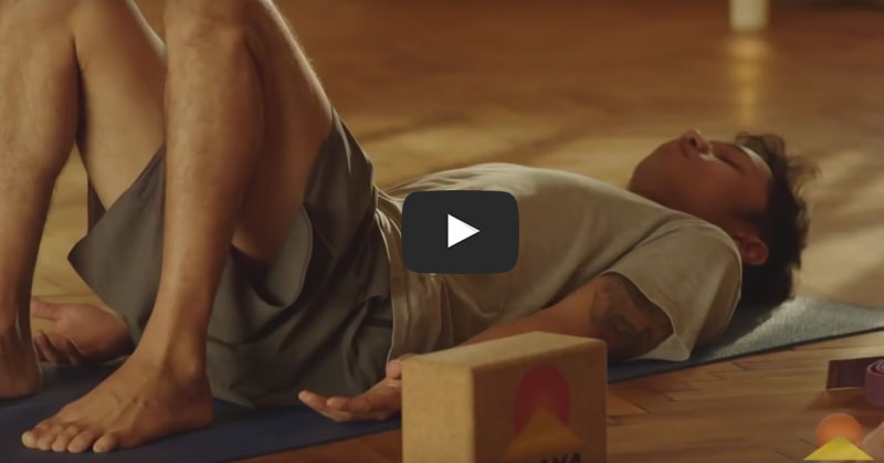This Stretch STOPS Back Pain In 2 Minutes!
