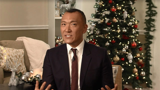 Fashion Expert Joe Zee Shares His Holiday Style Essentials