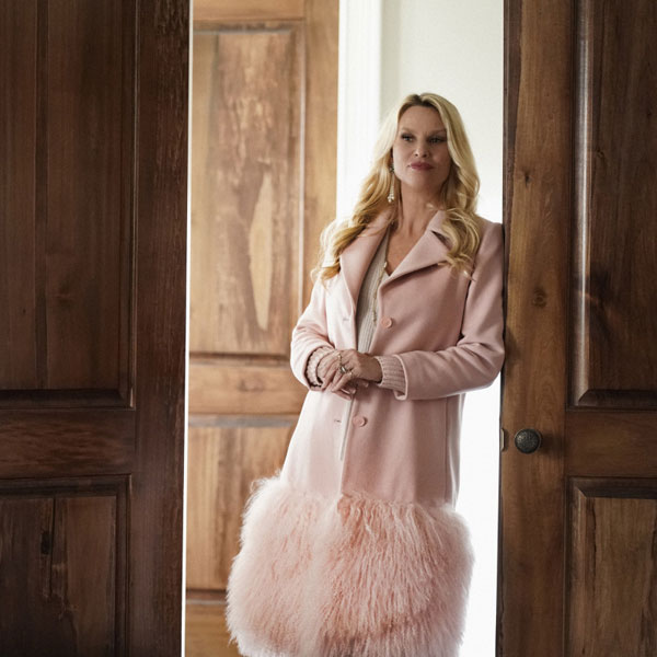 Nicollette Sheridan Leaving Dynasty