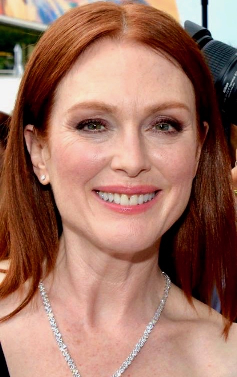 Julianne Moore To Star In Stephen King's Lisey's Story