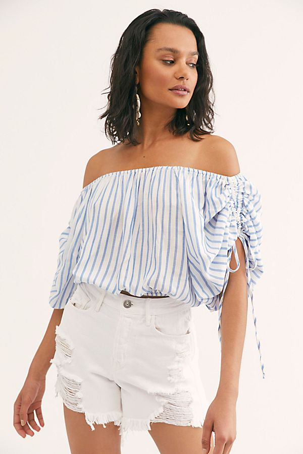 Off-the-Shoulder Tops To Snag Now