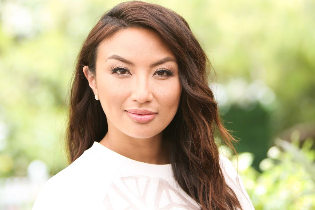 """Jeannie Mai Is Having A Hard Time Dating While Living With Her Mom: """"She Is Nosy"""""""