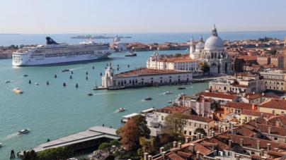 Venice Finally Ban Giant Cruise Ships