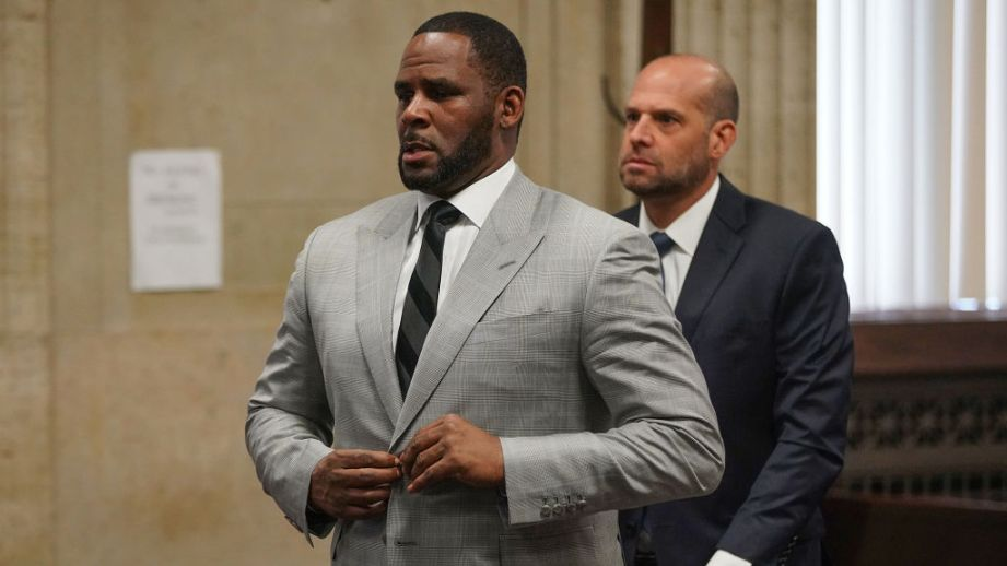 "R. Kelly Reportedly ""Refused Transport"" & Failed To Appear In Court Over Cook County Sex Abuse Charges"