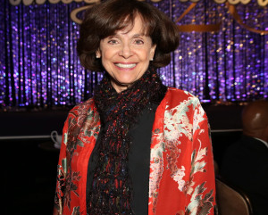 'Dancing With the Stars' Honors Late Valerie Harper With Star in the Ballroom