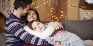 7 Ways To Fight Holiday Stress So That You Can Enjoy The Season