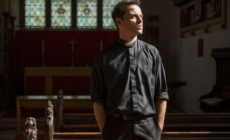 Andrew Scott's 5 Hottest Hot Priest Moments in 'Fleabag'